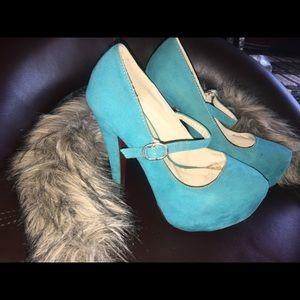 Ami heels size 6
